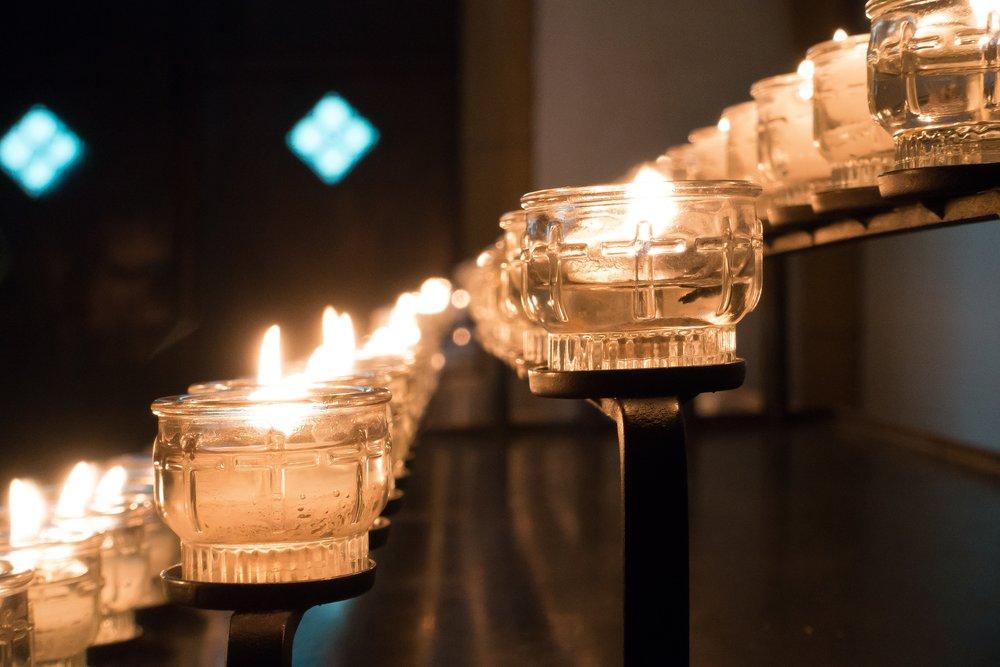 candle-2677854.jpg