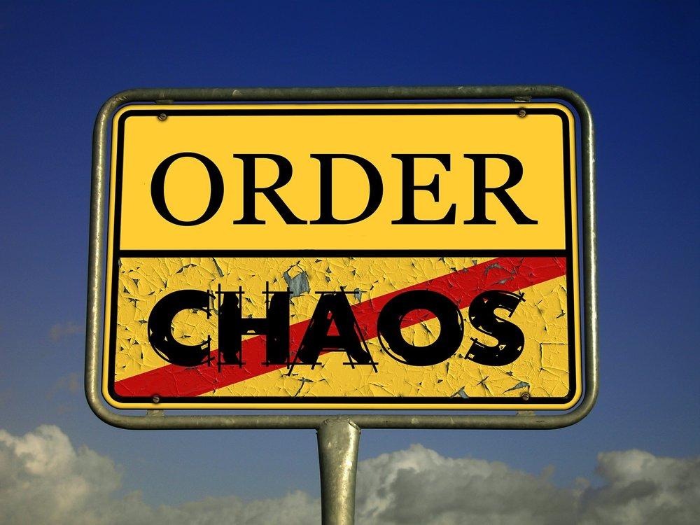 chaos-485493_1920.jpg