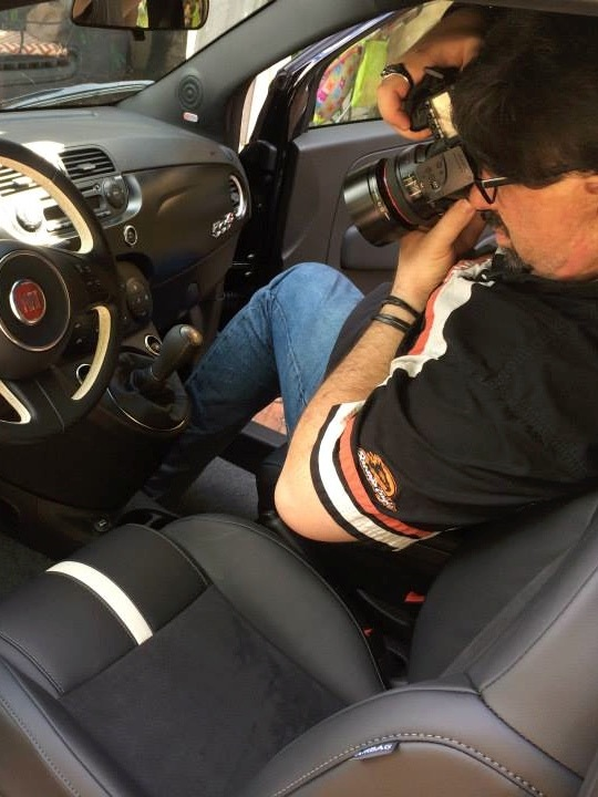 behind-the-scenes-bryon-mccartney-of-brilliant-lens-photographing-the-interior-for-the-fiat-500-ad-campaign.jpg