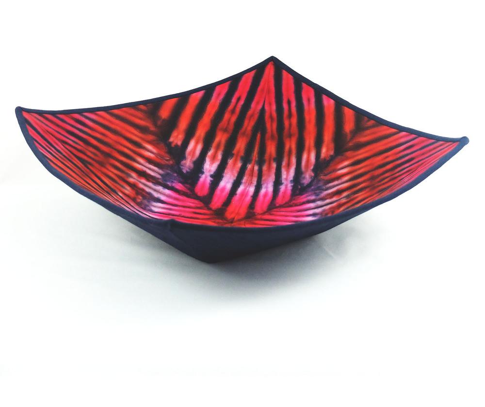 Square Tie-Die Reds 2.jpg
