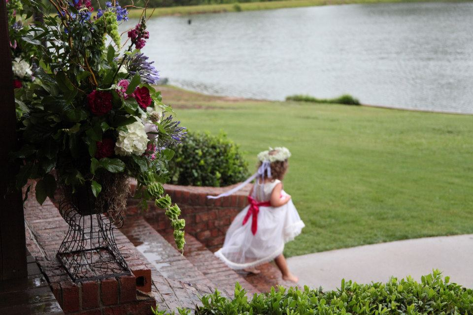 Is there anything cuter than a bare foot flower girl?