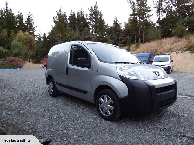 2009 Peugeot Bipper Van.jpg