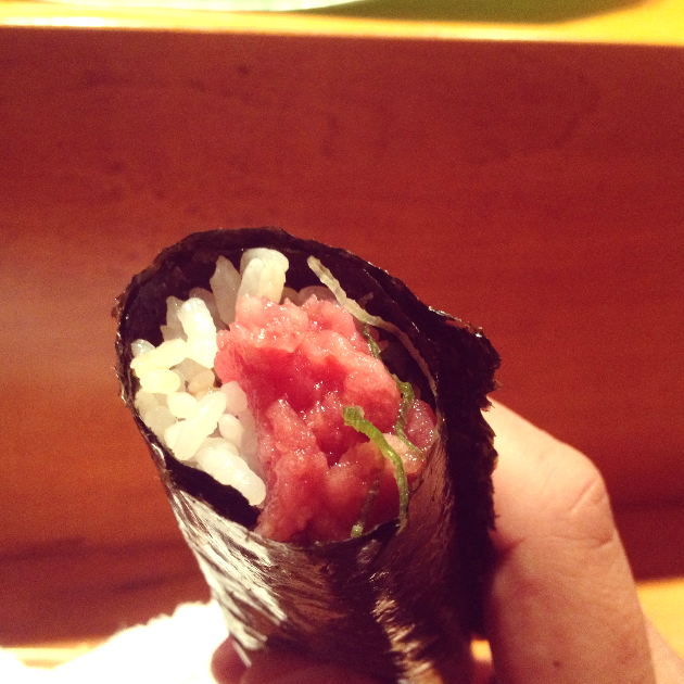 Fatty Tuna and Scallion Hand Roll. Perfection. Awesomeness.