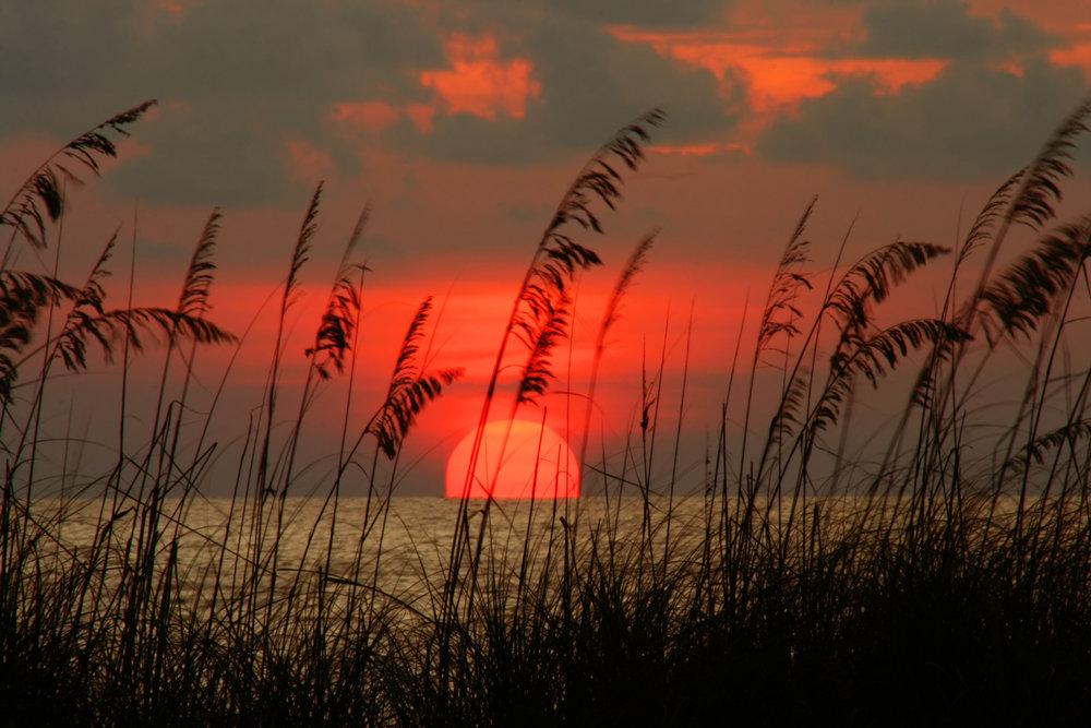shutterstock_5688052 sunset pass-a-grille.jpg