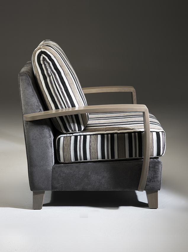 LifeCare-chairs-Roma-2.png