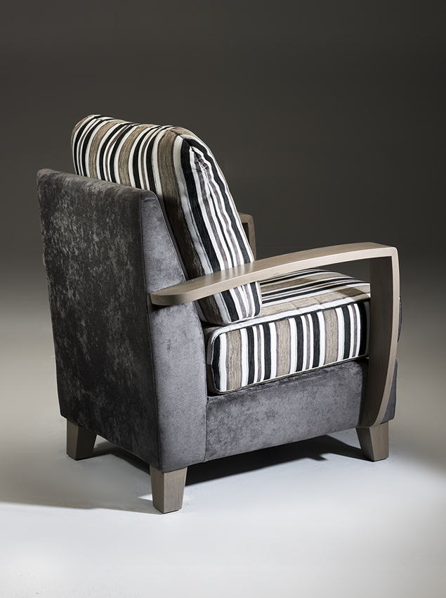 LifeCare-chairs-Roma-3.png
