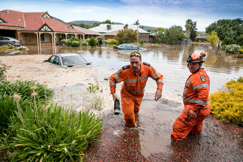 Lo-Res SES rescue flooding.jpg