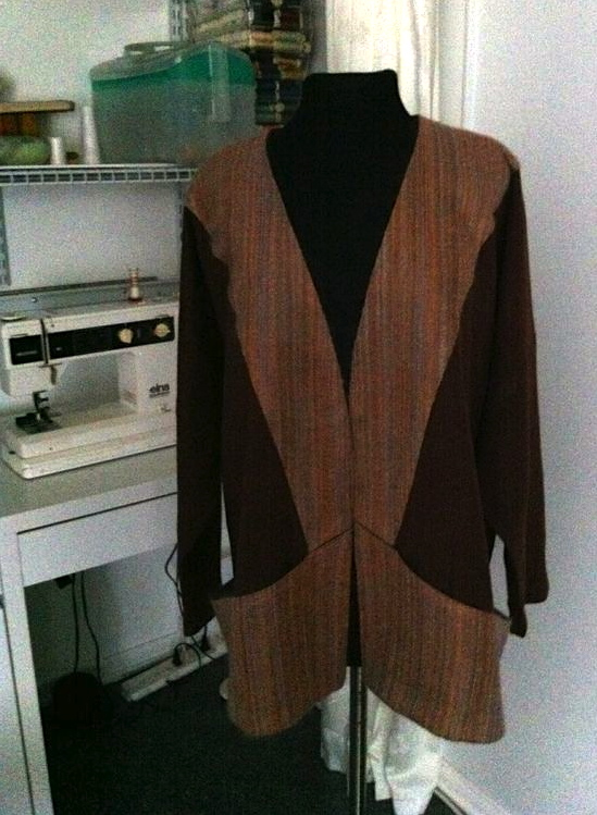 Linen jacket with handwoven contrast.