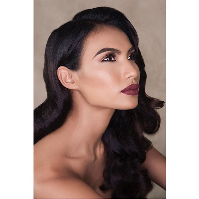Movie star beauty 👏🏻👄👁 #photography @belindamullerphoto #mua @zareenshahco #hair @helgabosmanhairstylist #model @parulshah88 #winner of the #amazingraceasia  #squadgoals  #makeuptutorial #makeuplook #makeupartist #makeup #makeuplife #hairstyling #hairstylist #hairstyle #feminine #asianmodel #beautyqueen #asianbeauty #asianbeautygram #makeupgram #haircolor #hairstylingtools