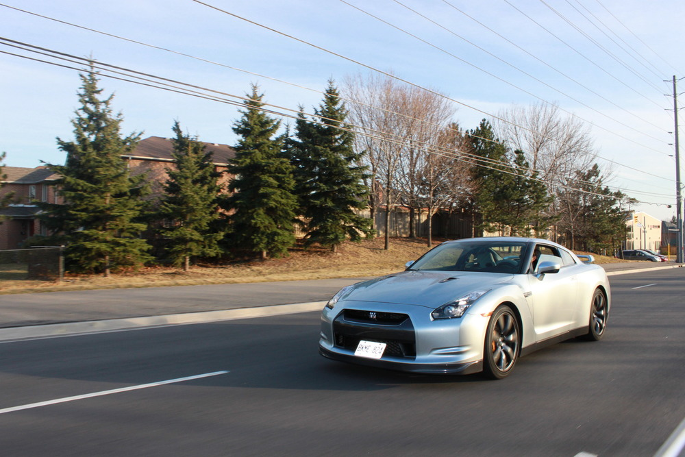 2010 Super Silver Nissan GTR