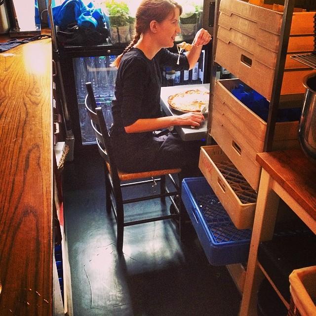 Personalbord infört för trevnad på #enotecacollettsgate