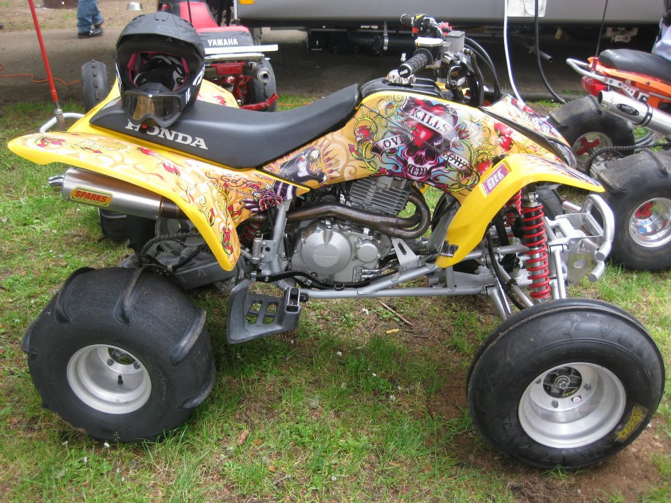 Stacie's Honda 400EX is 426cc on pump gas.  It makes 42 hp/ 30 tq.  This build did not include port work.