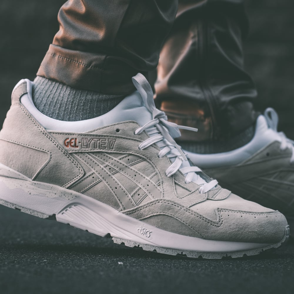 asics gel lyte v rose gold black
