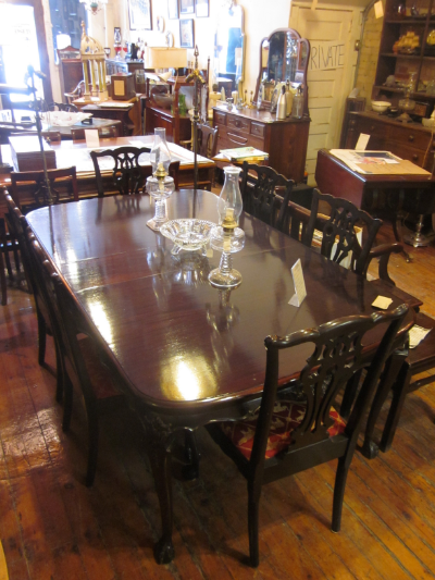 chippendale mahogany dining table and chairs