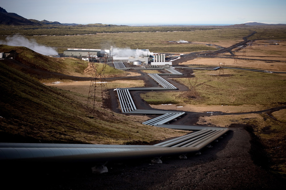 Hellisheidi is the largest geothermal power plant in Iceland, and is the main supplier of energy for the citizens of Reykjavik. The strong smell of acid permeates the air, sometimes even reaching the city.  ​