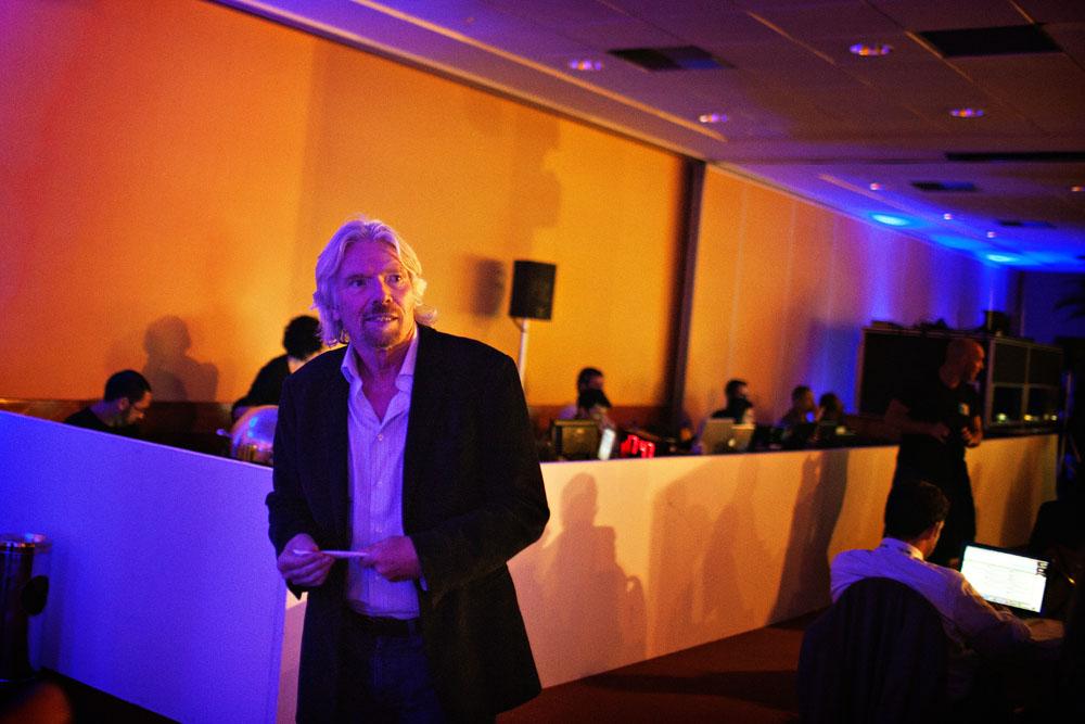 Richard Branson på konferanse.