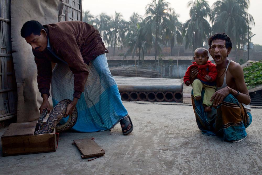 Char Kaliganj, Dhaka.  [Ships Recycled]
