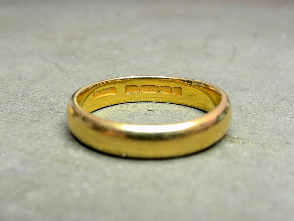 The inherited gold band