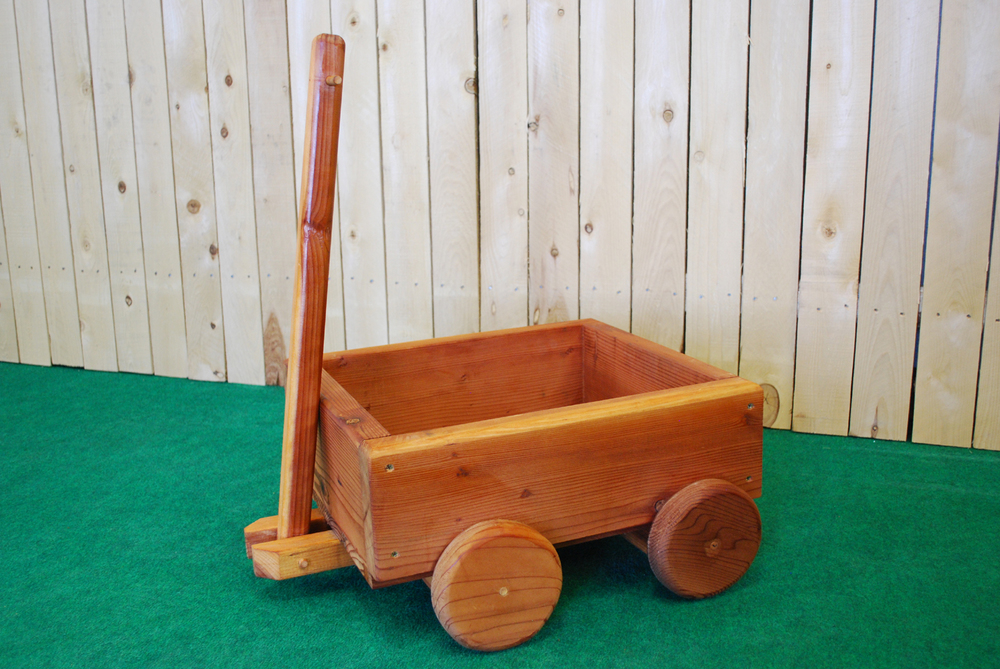 redwood wagon planter