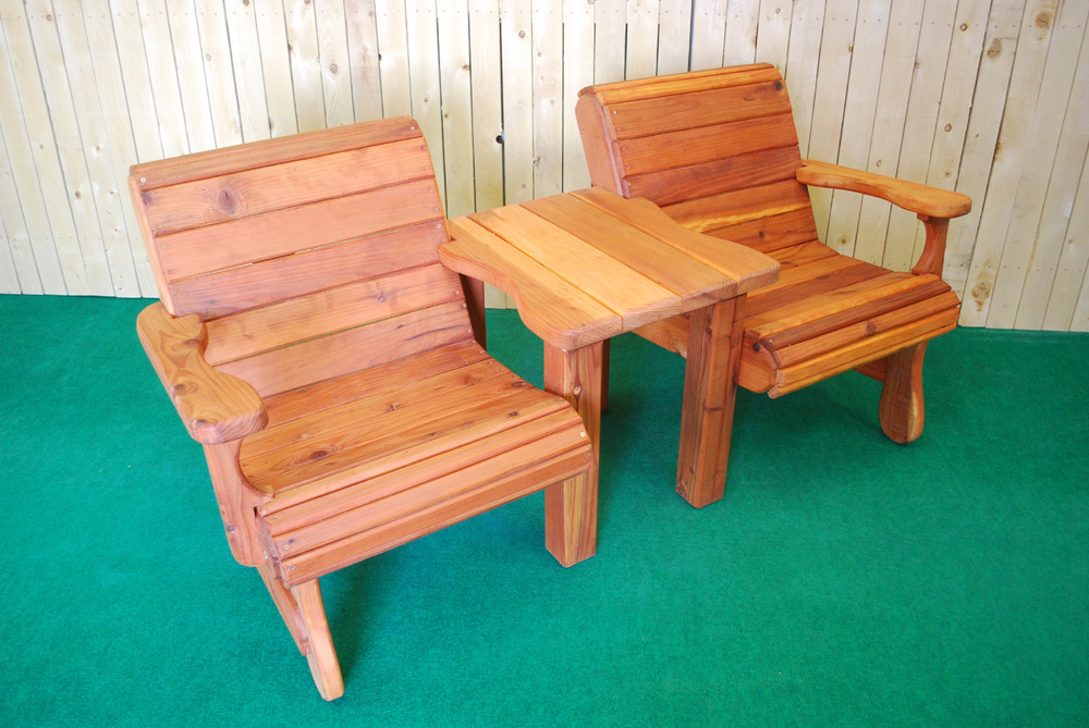 redwood 2 chair and table