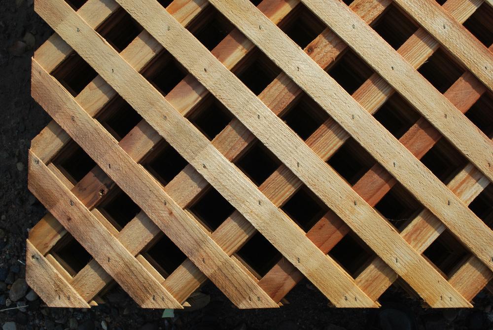 redwood lattice