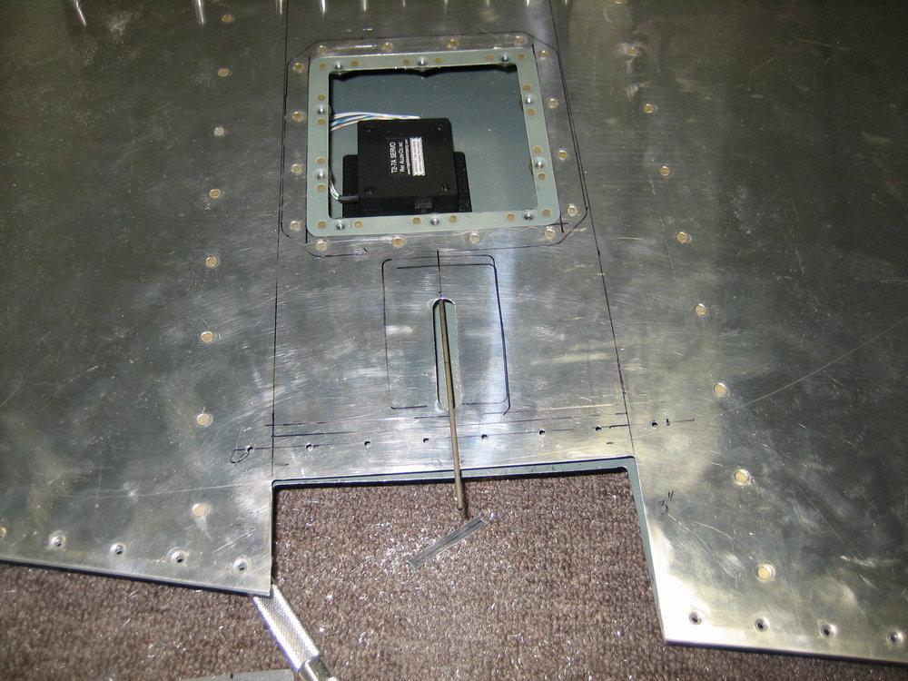 RV10 Rudder Trim (11).JPG