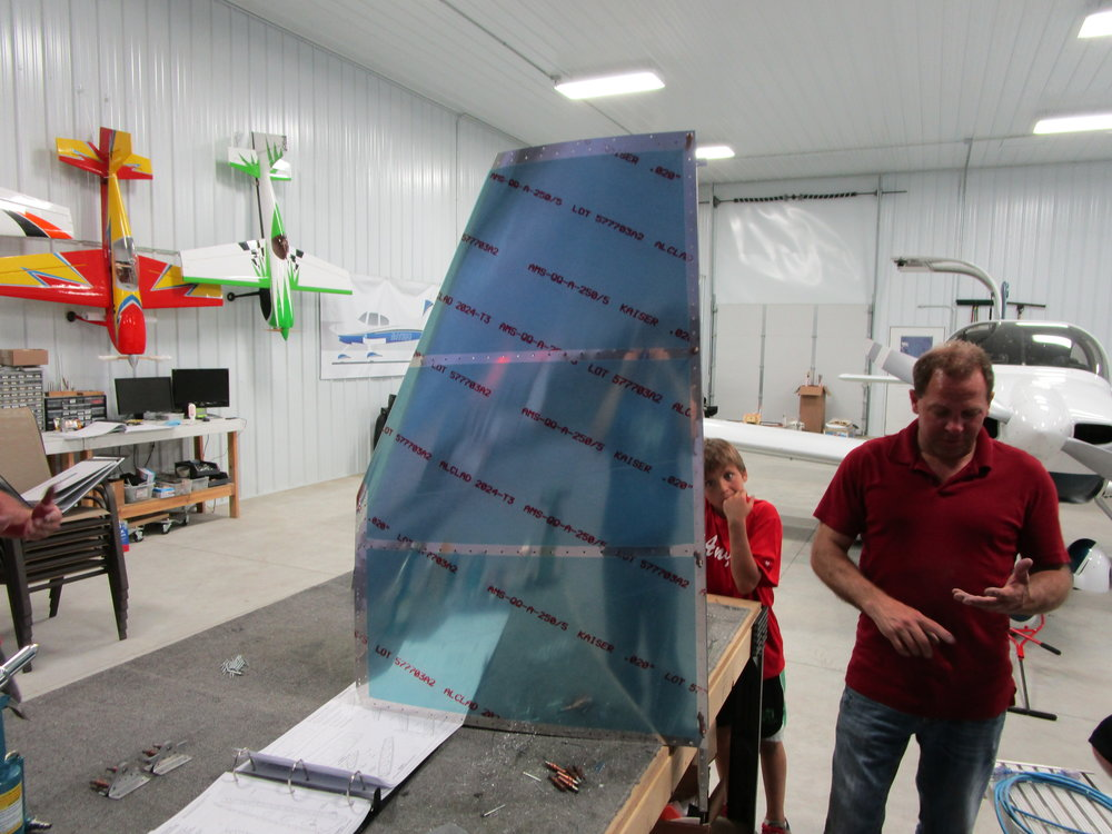RV12 Vertical Stabilizer (8).JPG