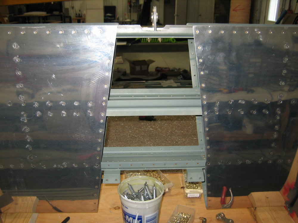RV10 Horizontal Stabilizer (34).JPG
