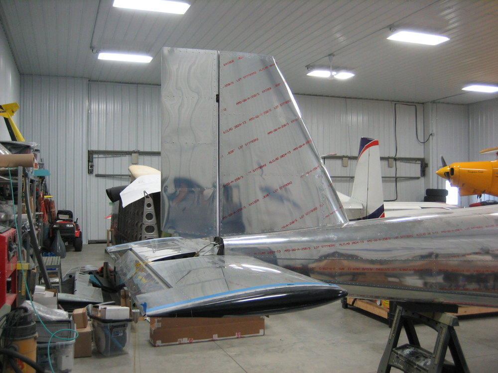 RV12 Vertical Stabilizer (35).JPG