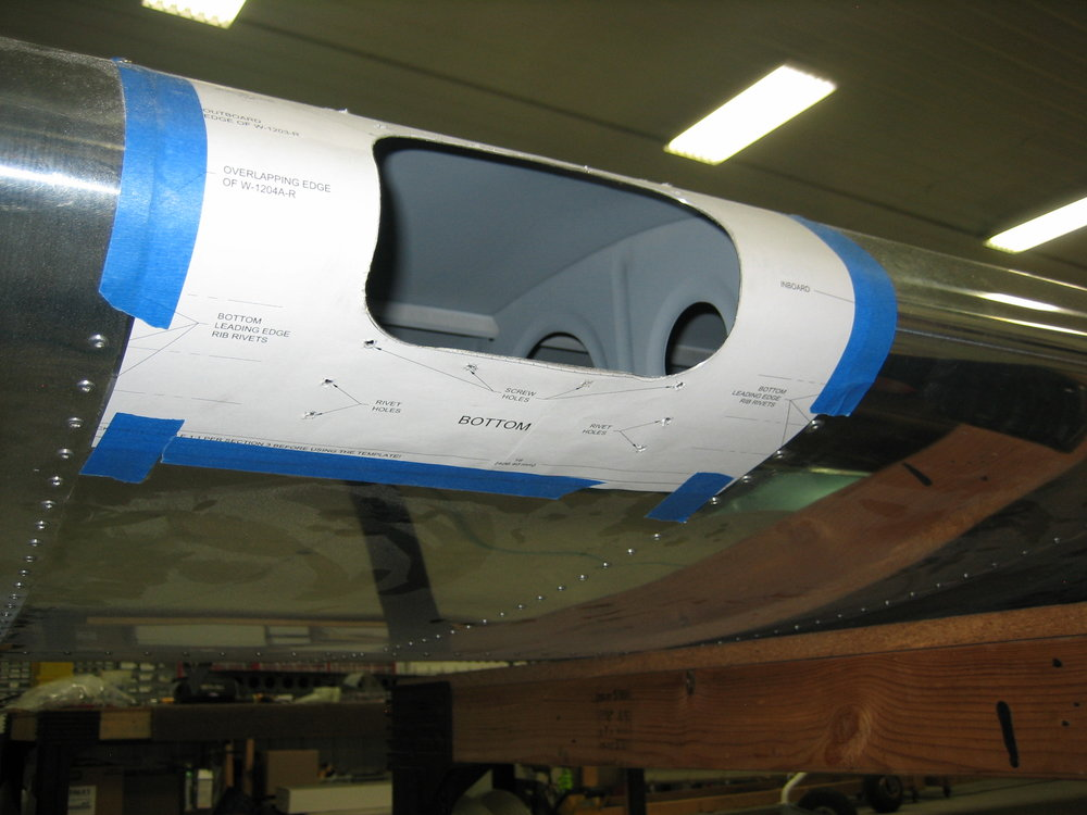 RV12 Landing Light (2).JPG