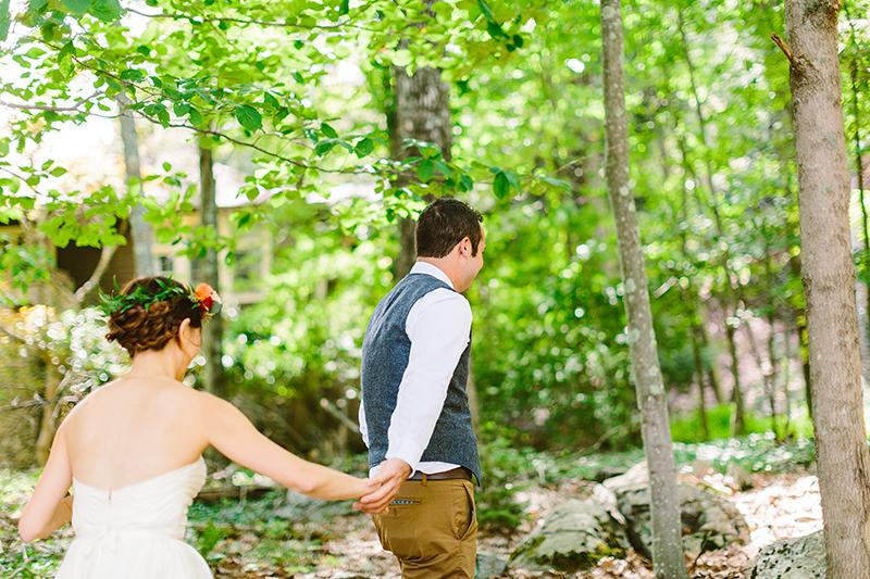Tall Timber Barn Poconos Wedding (19)