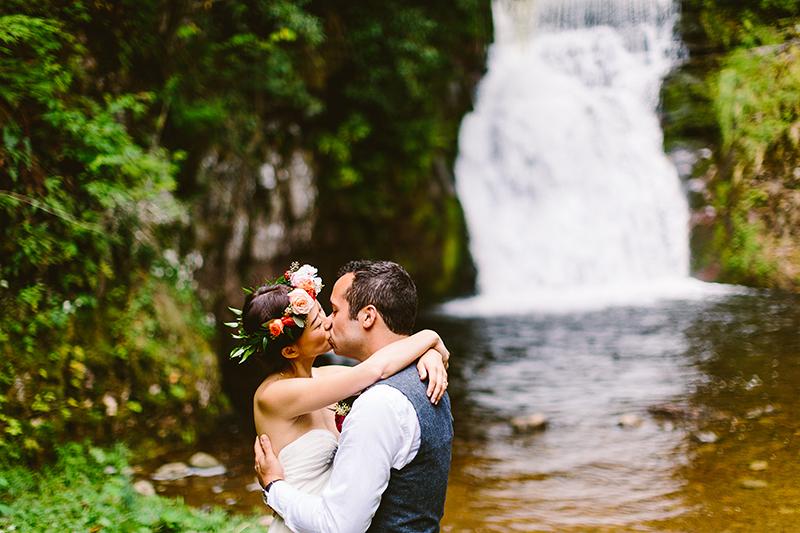 Tall Timber Barn Poconos Wedding (37)