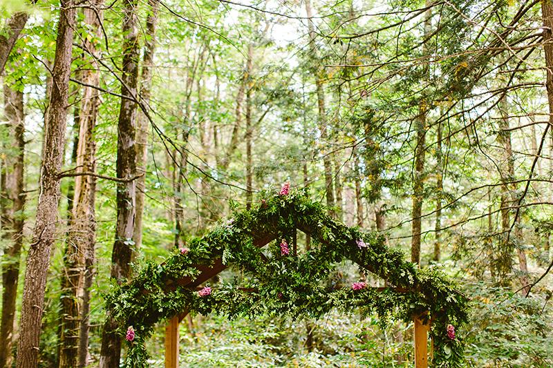 Tall Timber Barn Poconos Wedding (48)