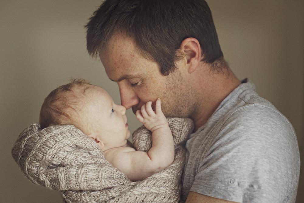 Daddy loves newborn son.jpg