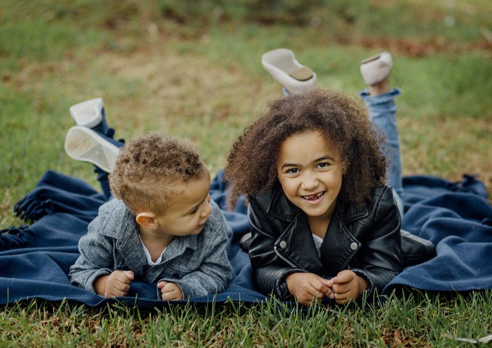 Sibling Family Photos at the park