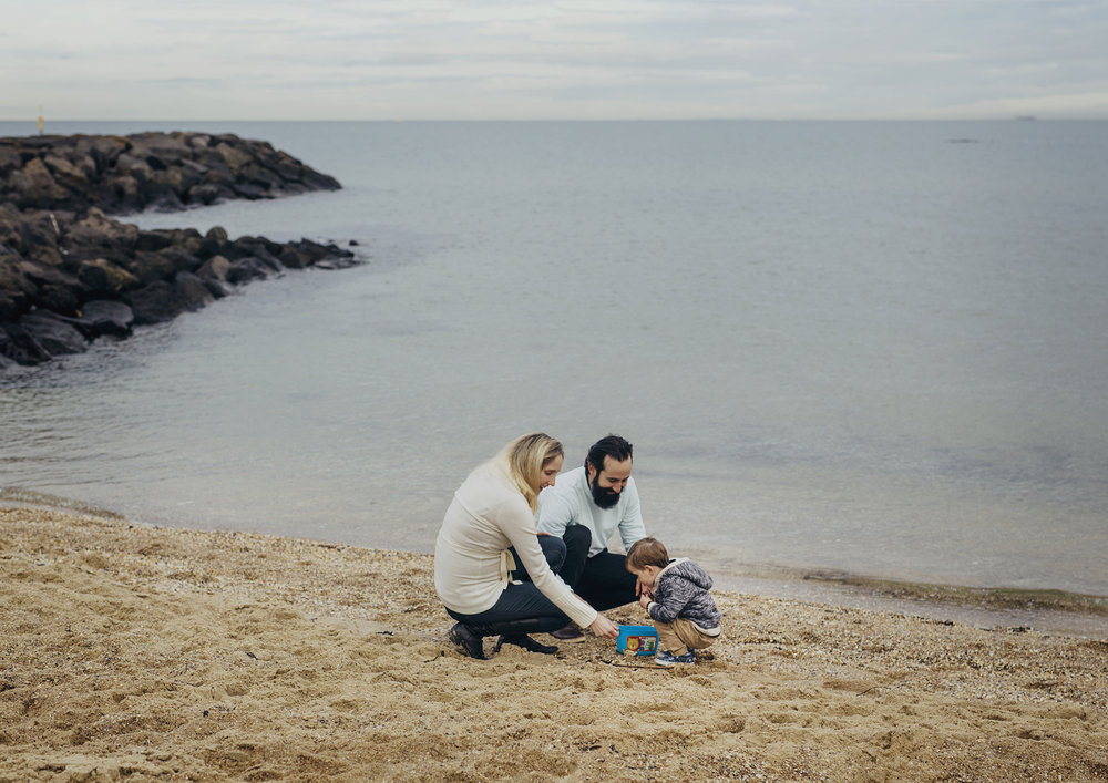 Family Photography at the beach in Winter