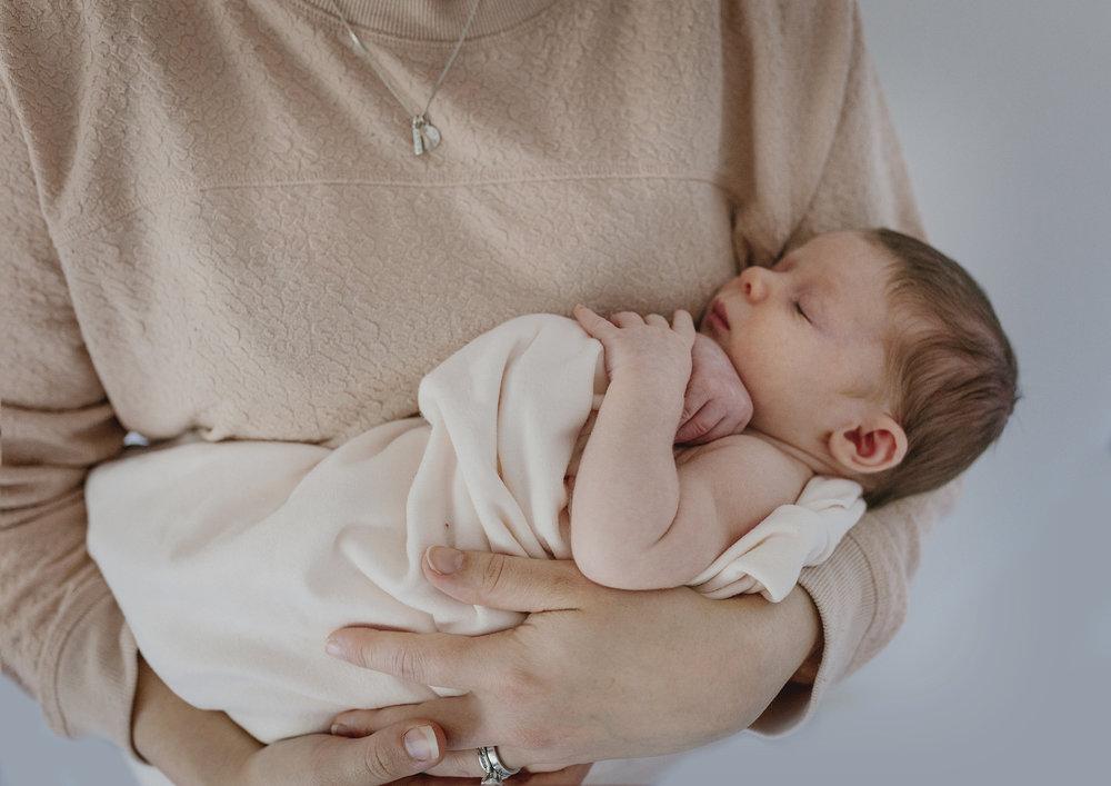 Simplistic newborn photography Melbourne