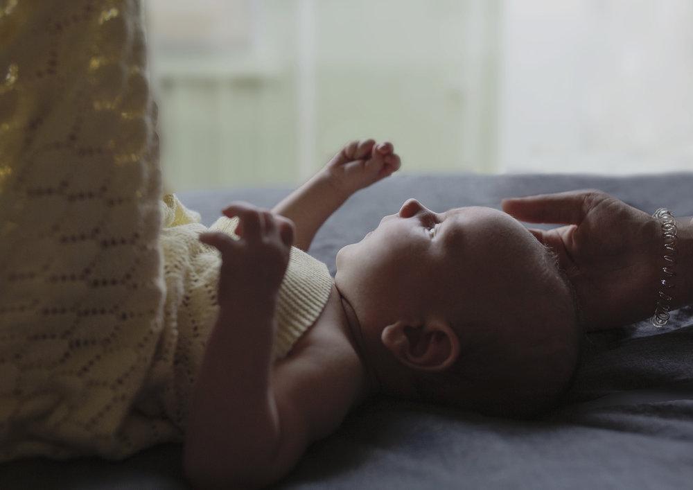 Natural Newborn Baby Photographer