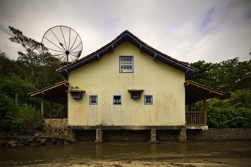 paraty-creek-house.jpg