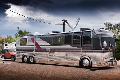 Bus parked at Los Campos RV Park in Santa Fe
