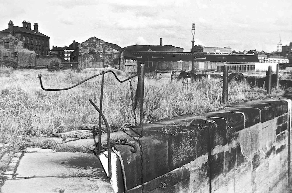 Albert Docks 16