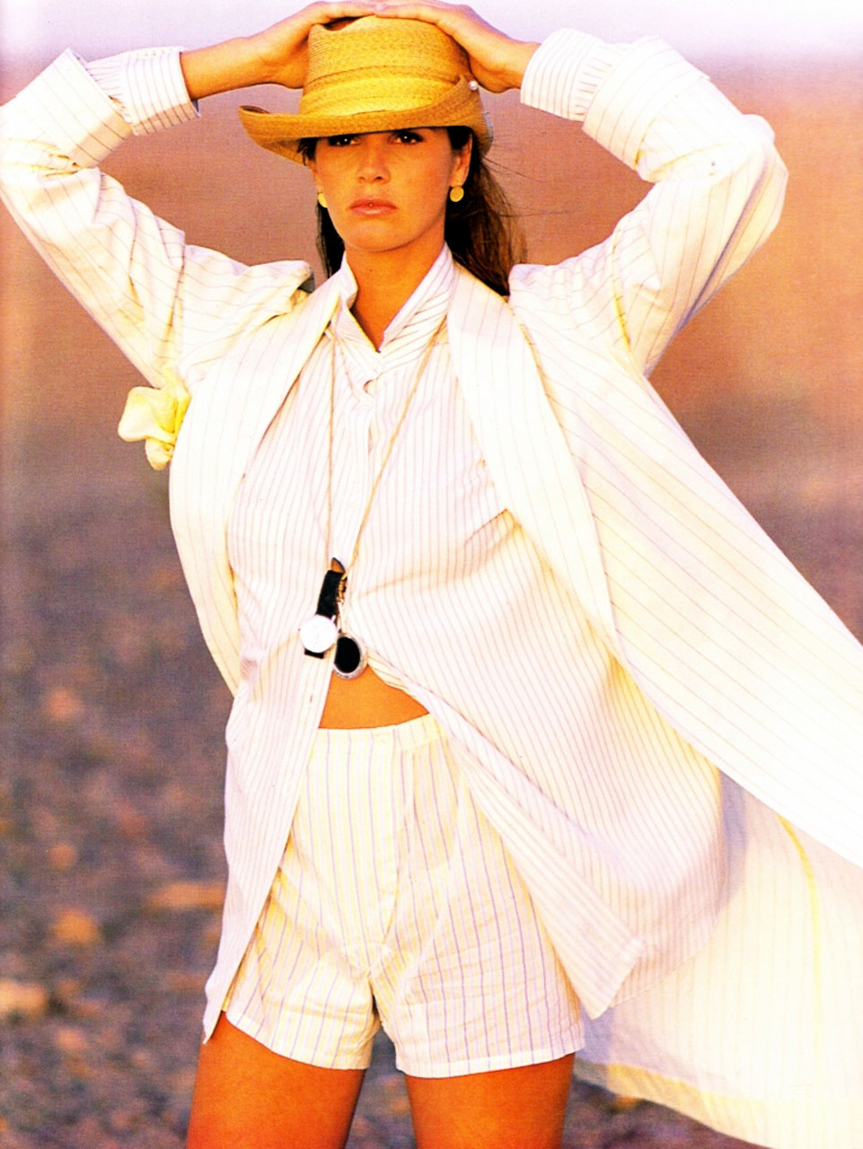 elle-white-1989