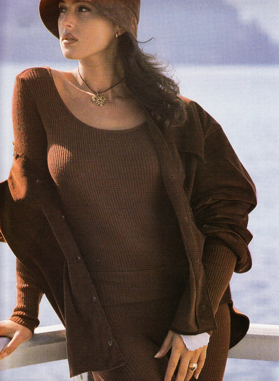 monica-1989-ring-hat