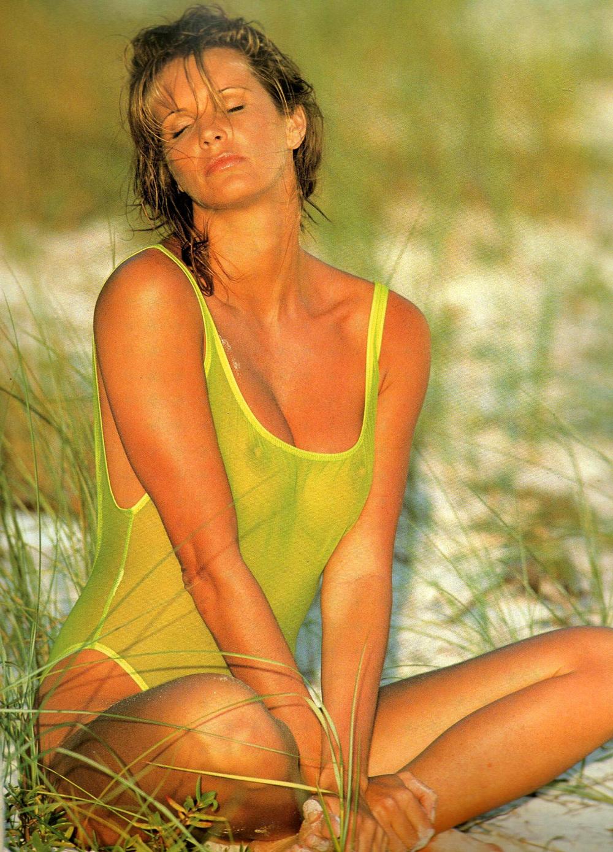 elle-sand-1993