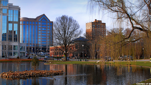Big-Spring-Park-Downtown-Huntsville-AL-640x360.png