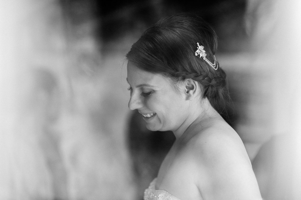 Portland Seattle Destination Wedding Photographer Michigan Millcreek Wilde Barn0019.JPG