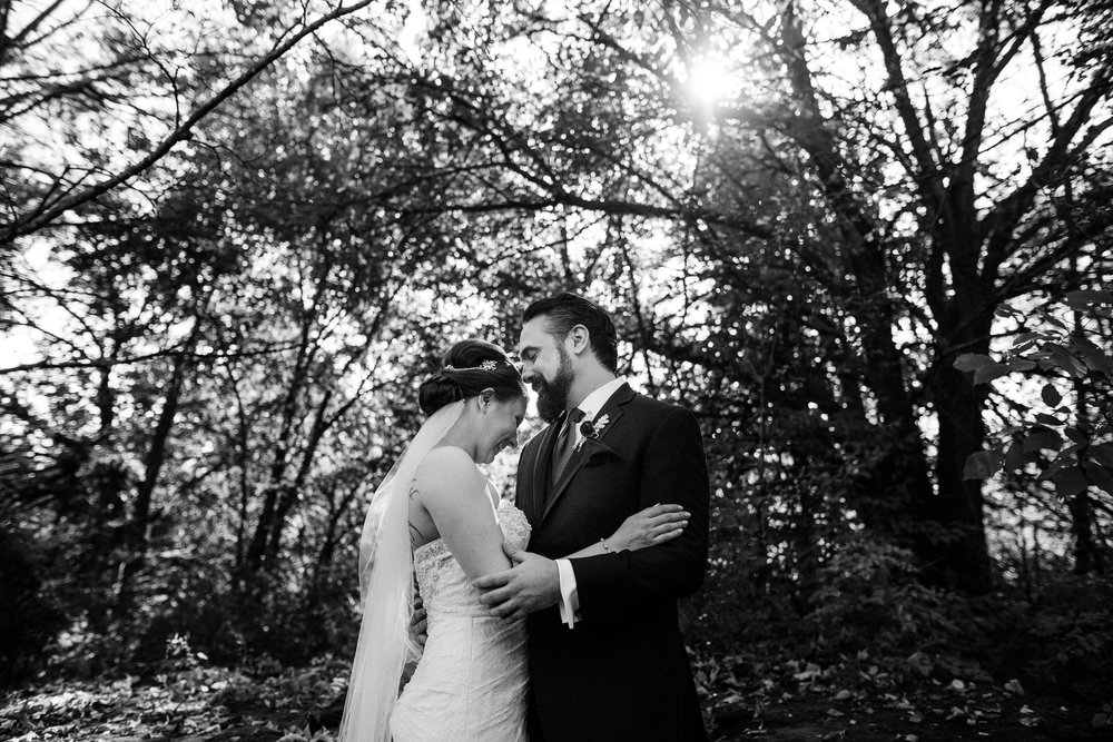 Portland Seattle Destination Wedding Photographer Michigan Millcreek Wilde Barn0028.JPG