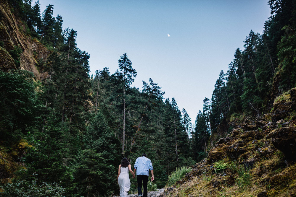 Wahclella falls portland oregon engagement photographer002.JPG