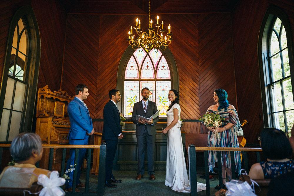 Oaks amusement park Pioneer church Sellwood Portland wedding photographer Oregon027.JPG