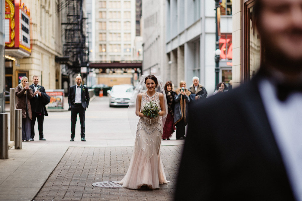 Chicago destination wedding photographer bridgeport art center001.JPG